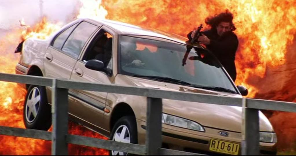 Миссия невыполнима 2 (кадр из фильма) / Mission: Impossible II