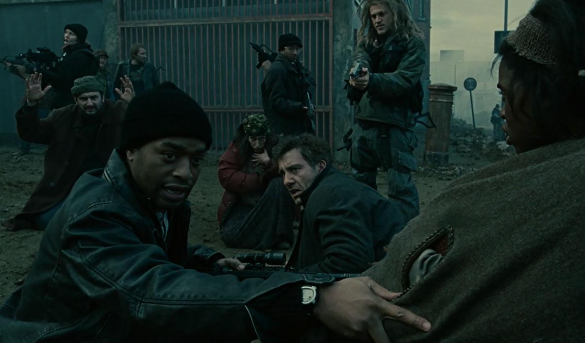 Children of Men / Дитя человеческое (кадр из фильма)